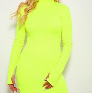 📍Neon yellow long sleeve body con dress